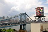 Una watertower per Brooklyn firmata Tom Fruin